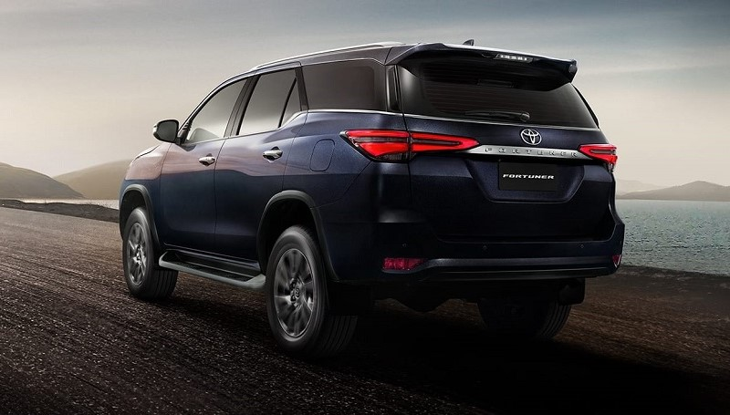 spesifikasi Toyota Fortuner facelift
