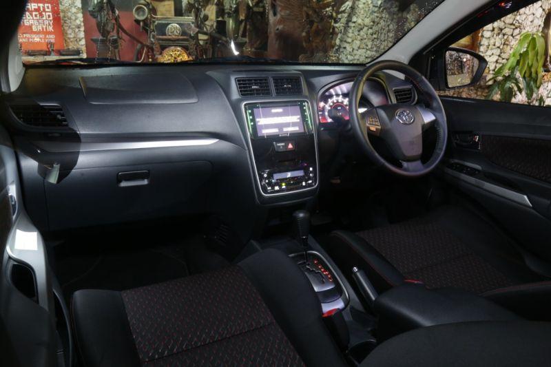 Interior Toyota Avanza Vs Xpander