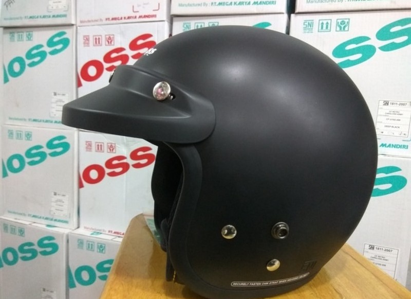 Cargloss CF Retro, Rekomendasi Helm Retro Terbaik