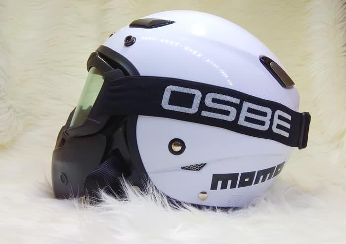 Salah satu pilihan helm retro terbaik, JPN Momo
