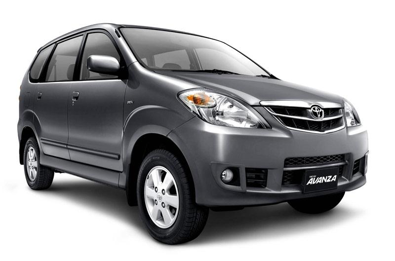 Sejarah Toyota Avanza generasi pertama
