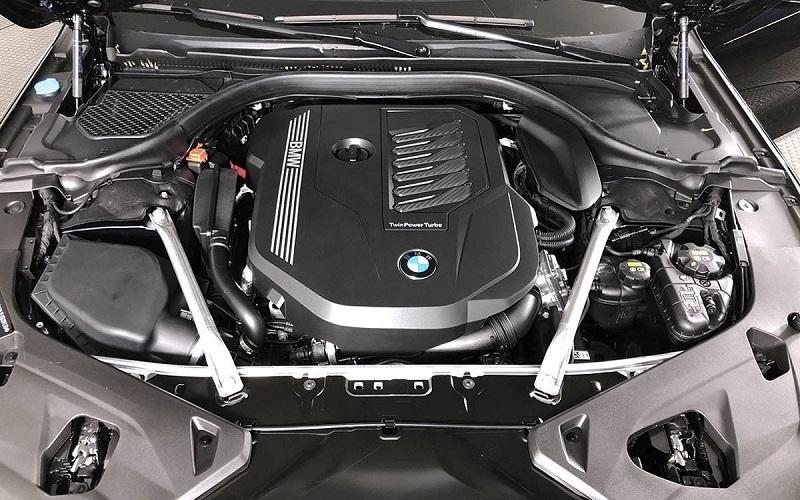 Mesin BMW 840i Gran Coupe