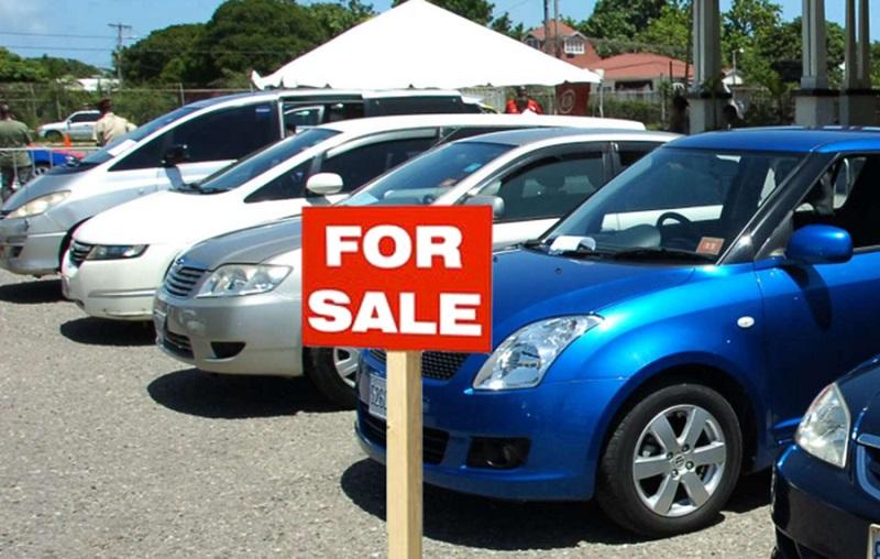 Pasar mobil pulih