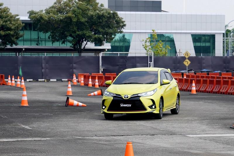 Radius putar lebih pendek jadi kelebihan Toyota Yaris Facelift 2020