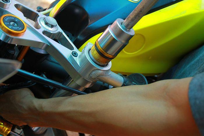 Benarkah efek per sok depan terbalik bagus untuk balap?