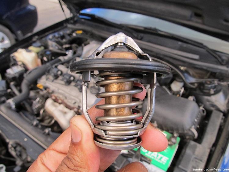 Awas bahaya Thermostat rusak berakibat mesin mobil cepat panas