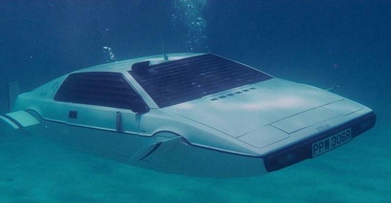 Lotus Esprit S1 mobil James Bond dari masa ke masa