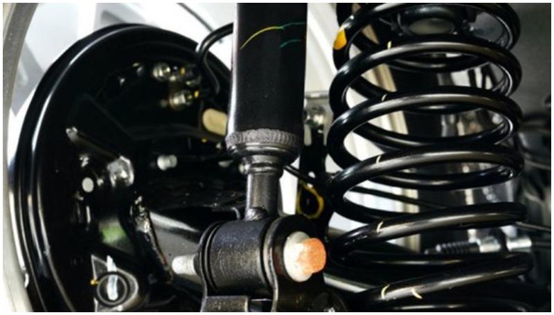 Cara membuat suspensi mobil empuk