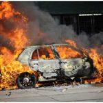 6 arti mimpi mobil terbakar