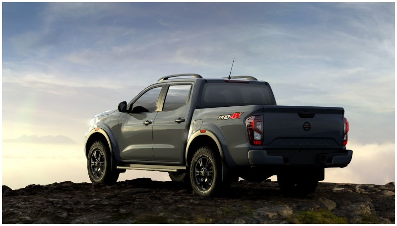 Desain bagian belakang Nissan Navara Facelift 2020