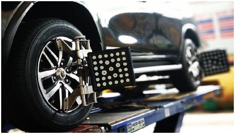Spooring dan balancing ban mobil
