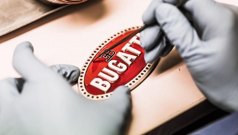 Pembuatan Logo Bugatti