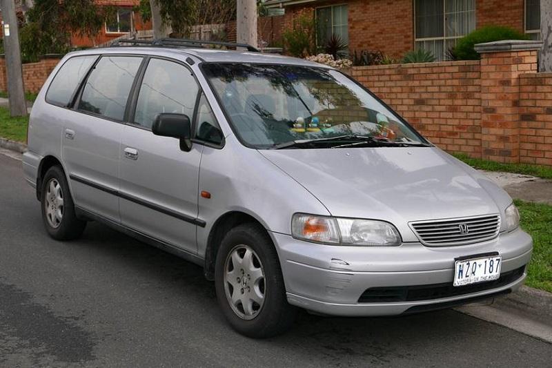 Sejarah Honda Odyssey generasi pertama