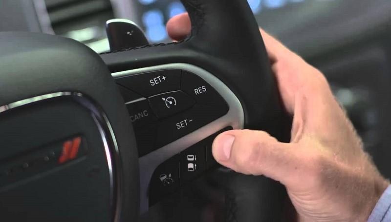 Ini sejumlah kegunaan cruise control mobil
