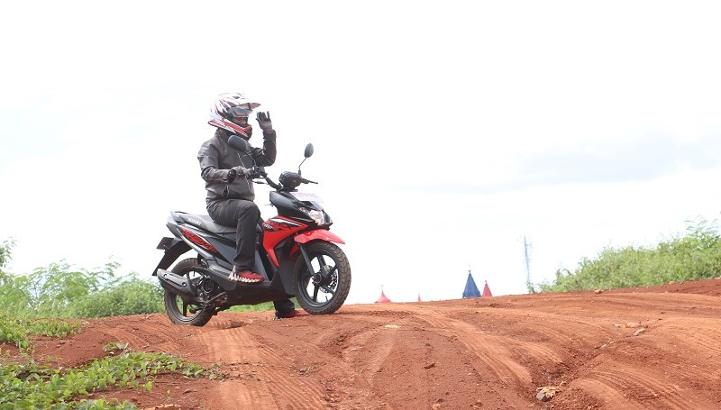Test ride Suzuki Nex Crossover di aspal dan semi off-road