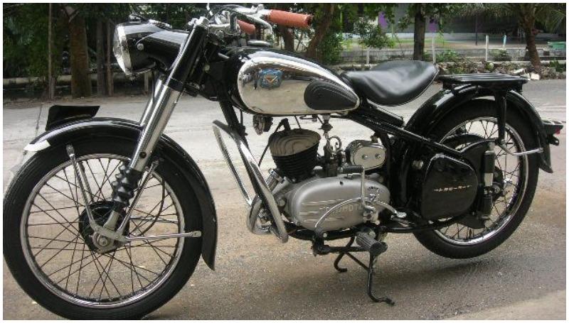Toyo Motors, sepeda motor Toyota yang dijual pada tahun 1949 hingga era tahun 60-an