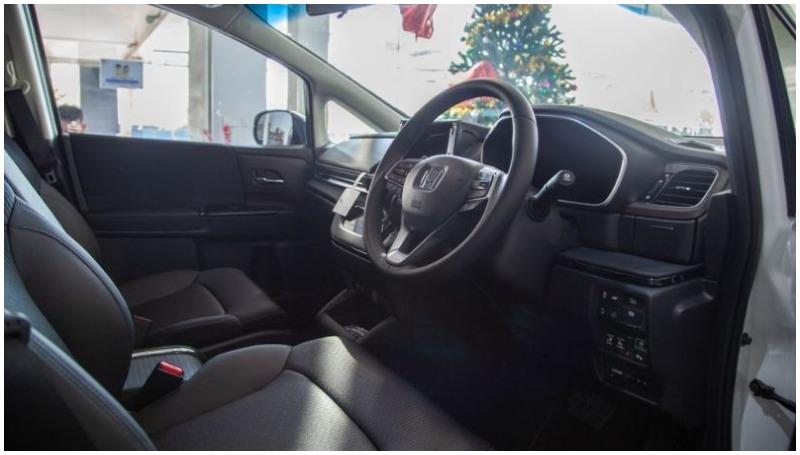 Interior Honda Odyssey facelift