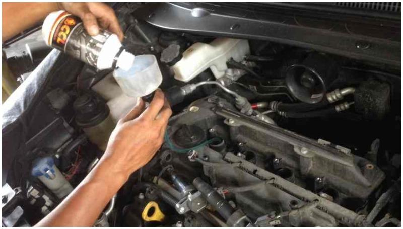 penggunaan carbon clean penting untuk membersihkan ruang mesin