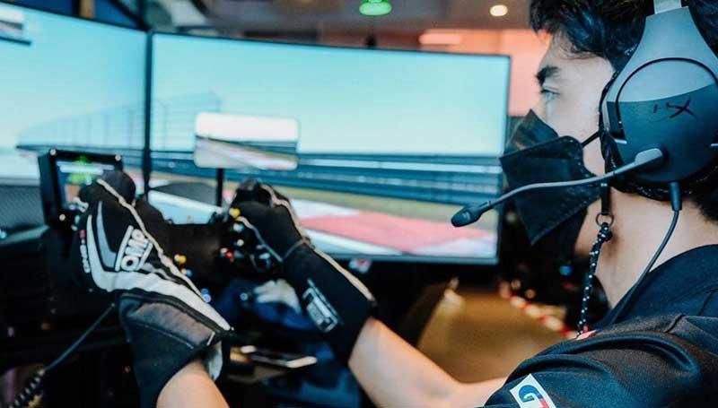 Racing Simulator bisa jadi jembatan untuk pembalap baru