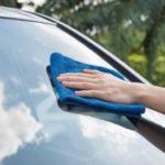 Tips hilangkan baret pada kaca mobil