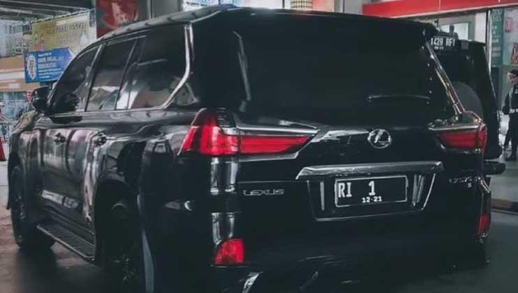 SUV Premium Pejabat Negara di Indonesia