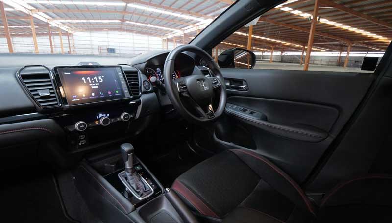 Honda City Hatchback RS dan Honda Jazz