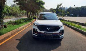 Perbedaan Wuling Almaz RS Exclusive dan Pro