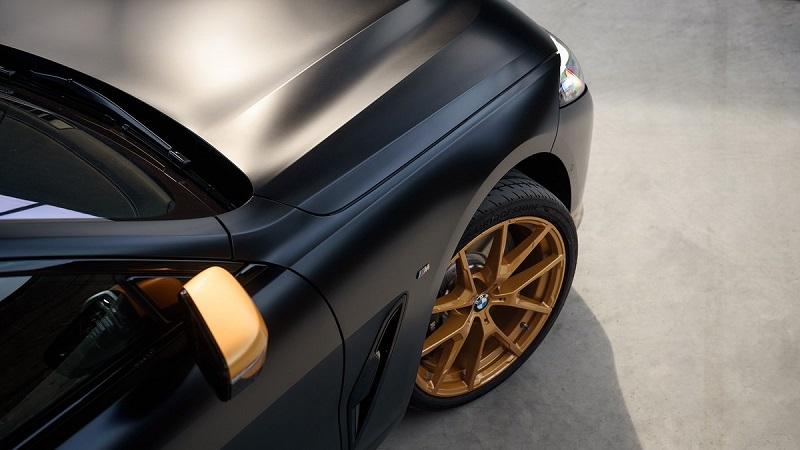 BMW seri 8 golden thunder - eksterior