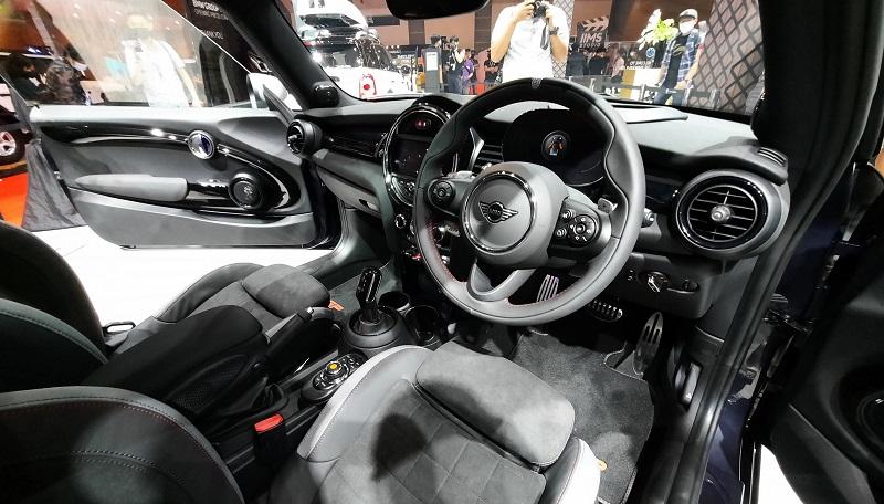 interior mini jcw gp inspired edition