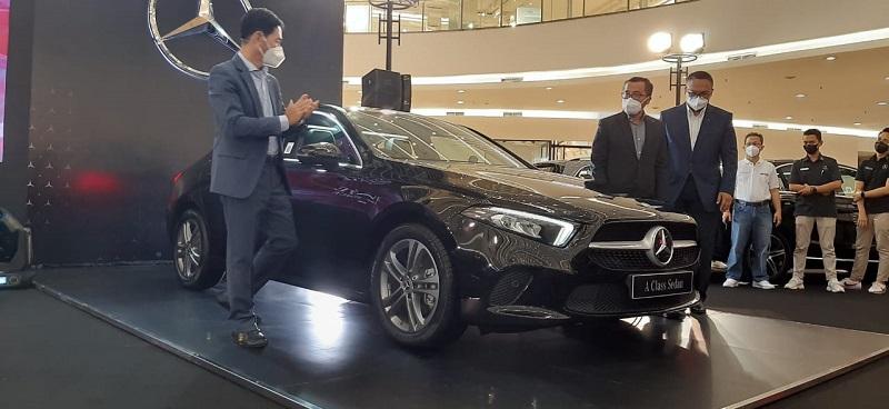 Mercedes-Benz A200