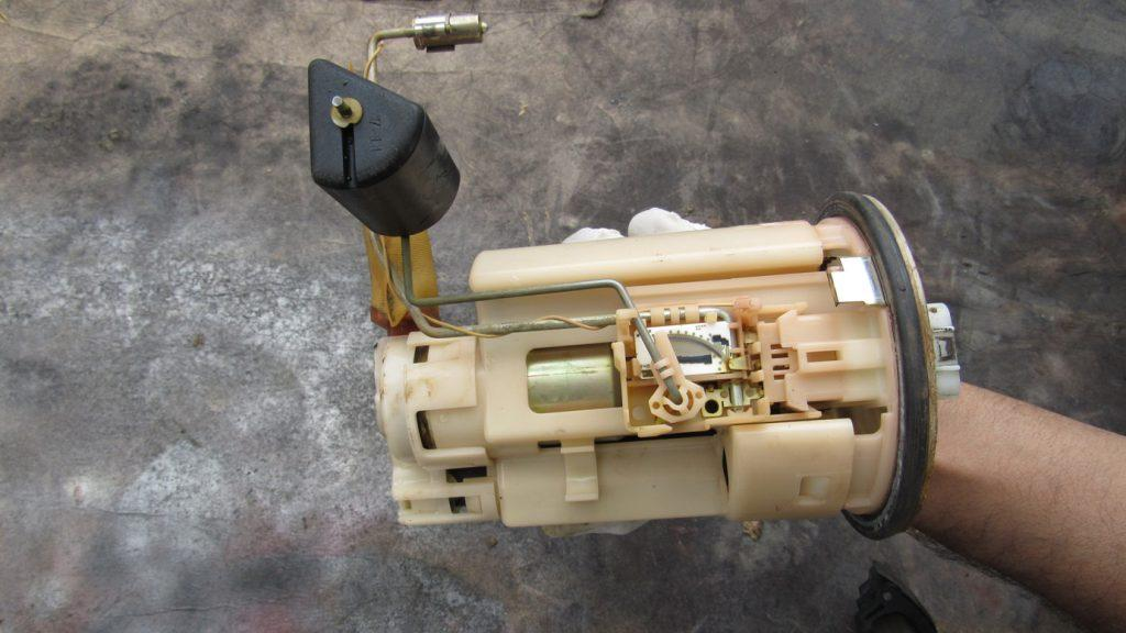 merawat fuel pump