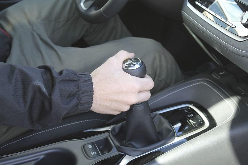 cara memperbaiki transmisi mobil matic