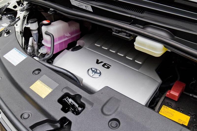 Perbedaan Toyota Alphard dan Vellfire