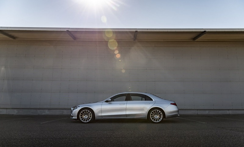 Penjualan Mercedes-Benz 2021