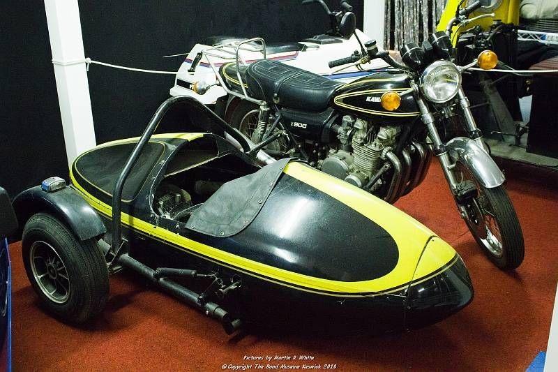motor di film james bond - kawasaki z900
