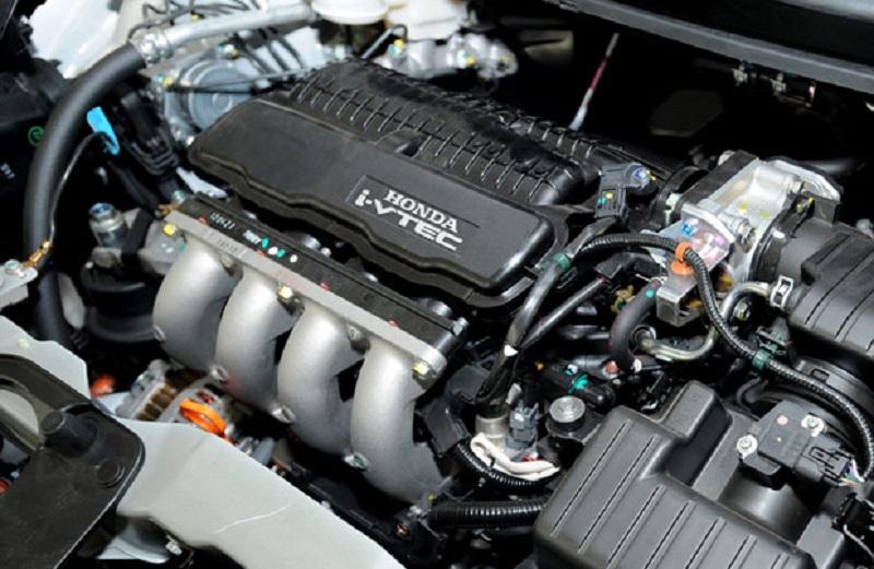 Review Honda Brio CBU Mesin 1.300 cc