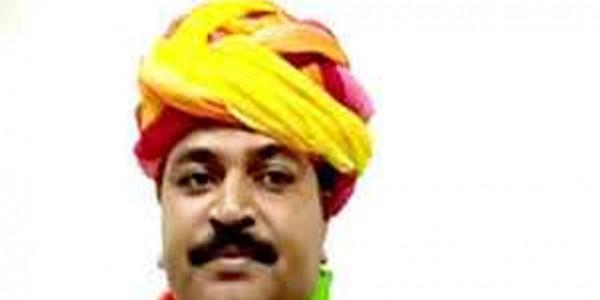 राजस्थान सरकार के श्रम मंत्री टीकाराम जूली ने अलवर जिला अध्यक्ष पद से दिया इस्तीफा