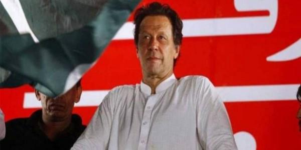 PM नरेंद्र मोदी ने नेशनल डे पर PAK की जनता को दी बधाई, इमरान खान ने ट्वीट किया मैसेज