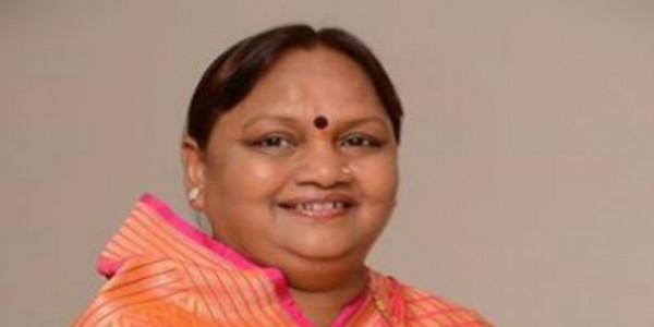 In yet another jolt to Congress, Maharashtra MLA Nirmala Gavit joins Shiv Sena