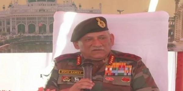 राजनाथ सिंह के दौरे से पहले आज सेना प्रमुख पहुंचेंगे श्रीनगर, सुरक्षा व्यवस्था की करेंगे समीक्षा
