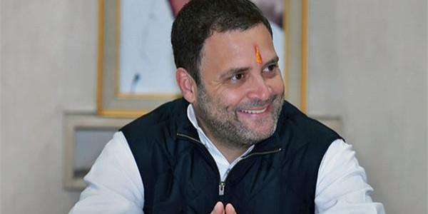 राहुल गांधी से सीधे संपर्क होने की चर्चाओं से कांग्रेसियों में मची खलबली
