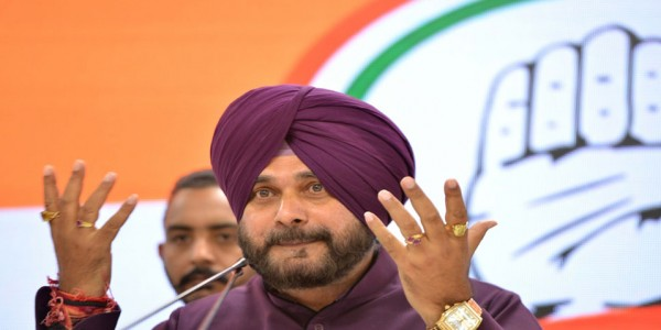 navjot-singh-sidhu-says-pm-narendra-modi-anti-national-sold-interest-of-nation