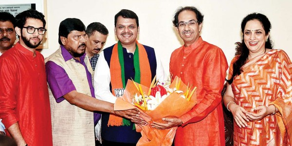 Shiv Sena fears BJP may ditch again before Maharashtra Assembly polls