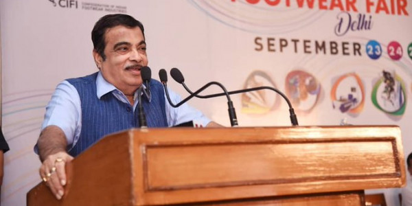 Devendra Fadnavis Should Lead the Government: Nitin Gadkari
