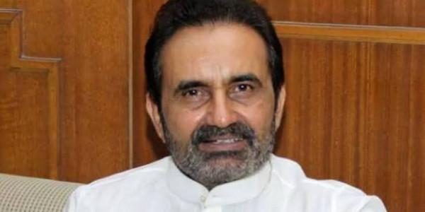 गांधी की आत्महत्या वाले सवाल पर कांग्रेस नाराज, कहा-गुजरात के CM माफी मांगें