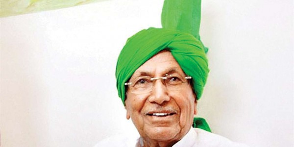 chautala-meets-with-supporters