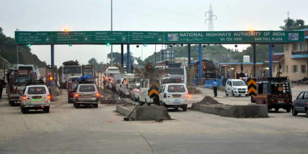 Facilities at toll plazas to be streamlined soon