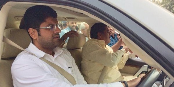 ajay-chautala-came-out-from-jail-on-farlo