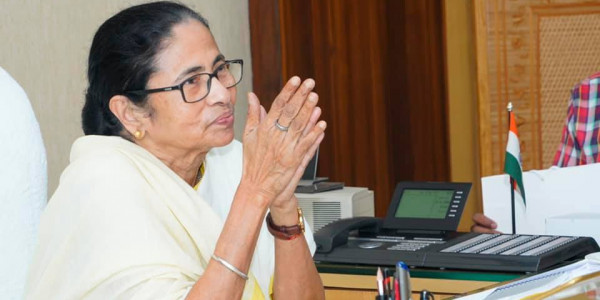Relief Material Should be Distributed Irrespective of Political Identities: Mamata Banerjee
