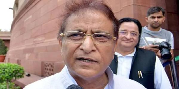 आजम खान को एक और झटका, जमीन धोखाधड़ी मामले में बेटे के खिलाफ केस दर्ज